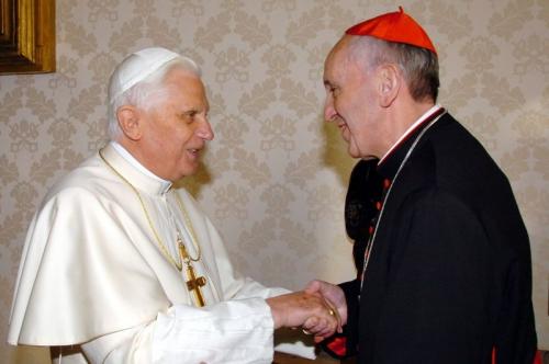 BXVI Bergoglio.jpg